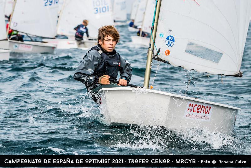 Segunda-jornada-Campeonato-de-Espana-de-Optimist-Foto-©-Rosana-Calvo-9